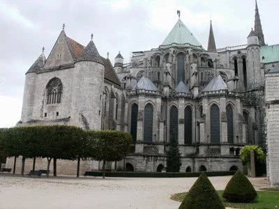 chartres cathedral essay